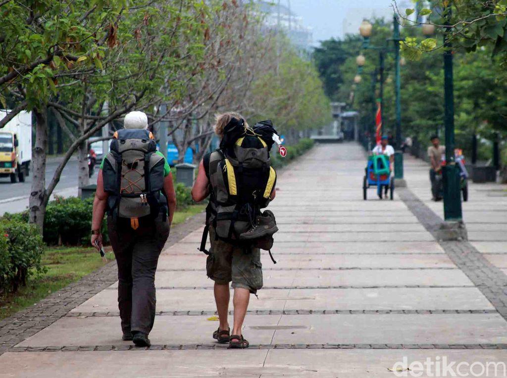 9 Tips untuk Backpacker Indonesia yang Ingin Liburan ke Luar Negeri