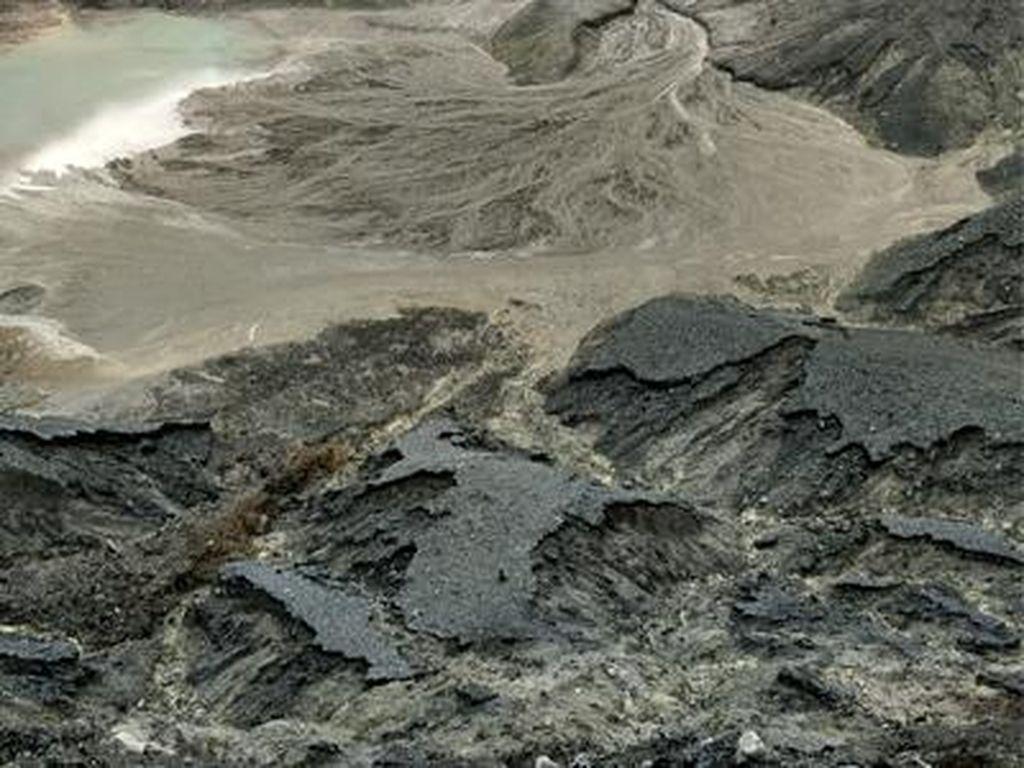 Usai Erupsi Tangkuban Perahu, BPBD Cianjur Cek Dampak Abu Vulkanik