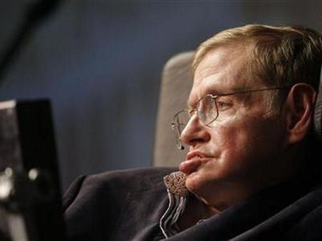 Keluarga Donasikan Ventilator Stephen Hawking untuk Bantu Pasien Corona
