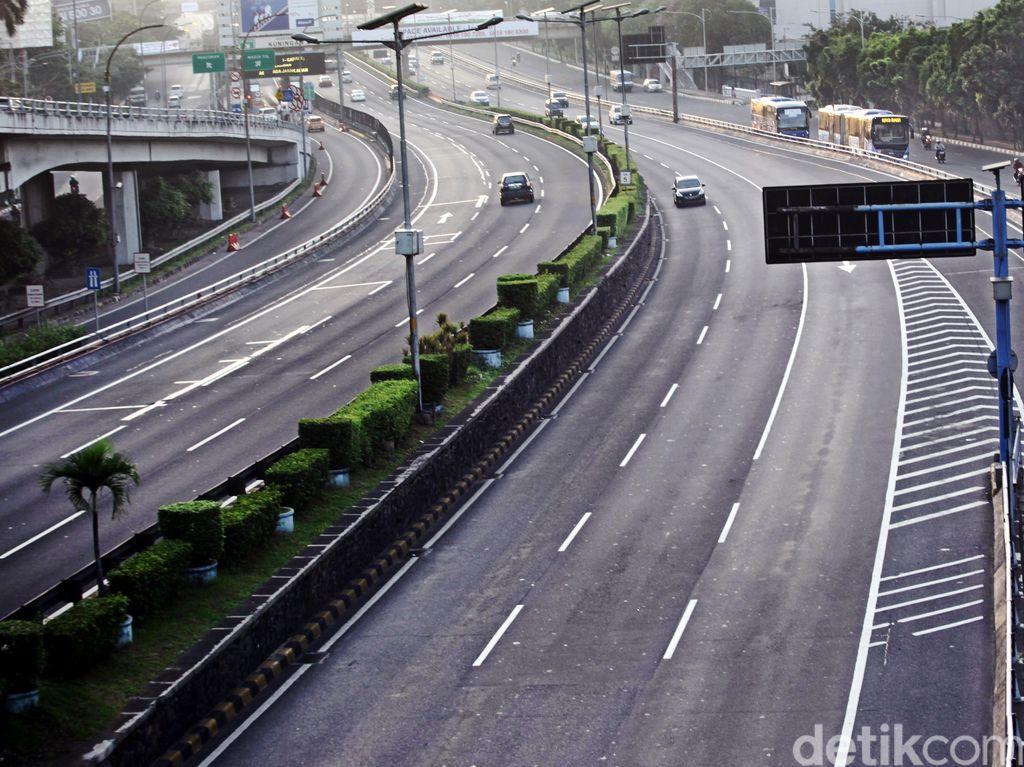Sejumlah Ruas Jalan di Jakarta Sepi