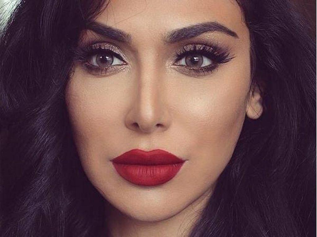 Setelah Selotip, Kini Muncul Trik Makeup Contouring Pakai Penggaris