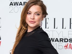 Sang Ayah Benarkan Kabar Kehamilan Lindsay Lohan