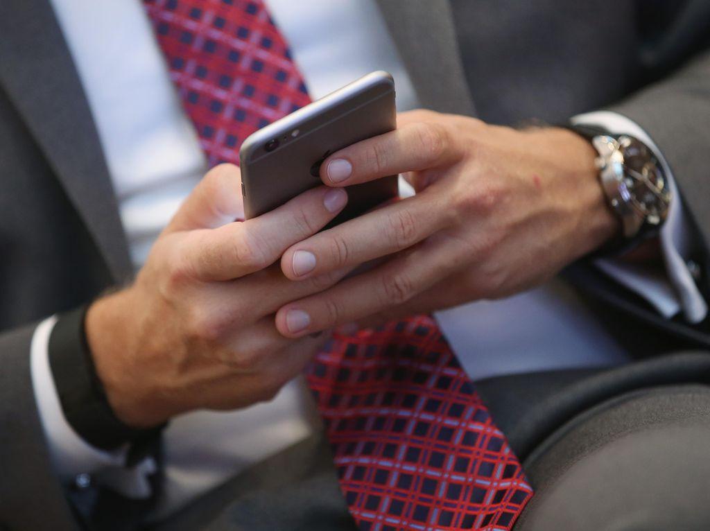 Survei: Pengguna Android Lebih Miskin dari Pemakai iPhone