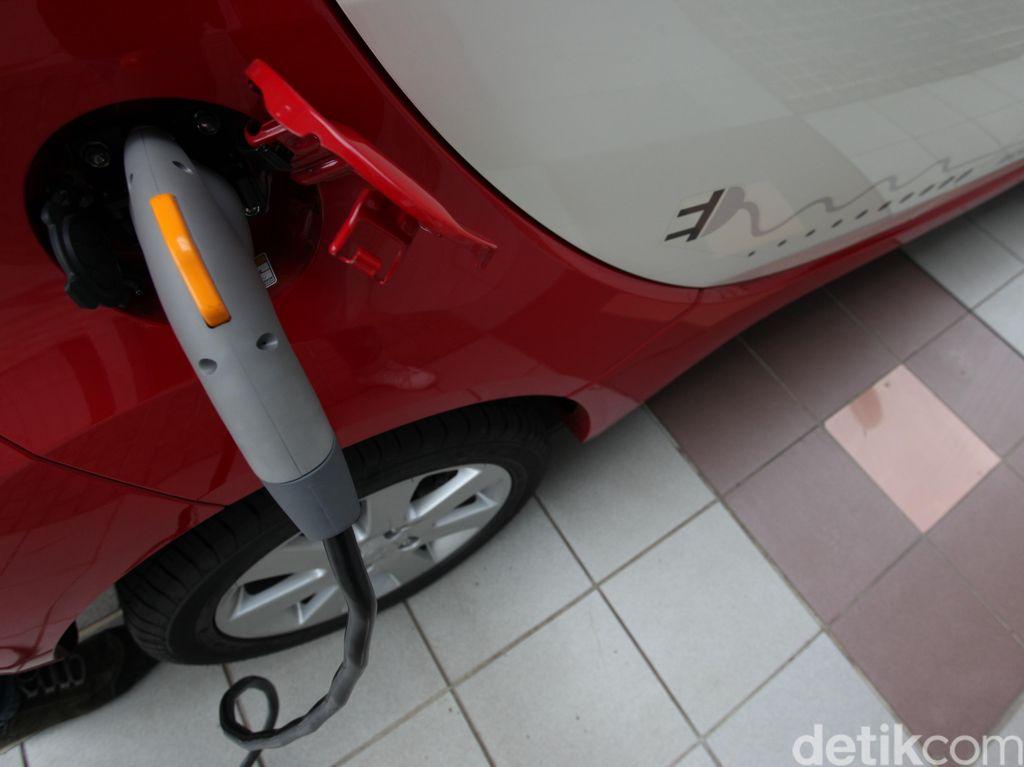 5 Juta Mobil Listrik Penuhi Jalanan China