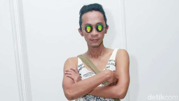 Gaya Aming di Indonesia Fashion Week 2016