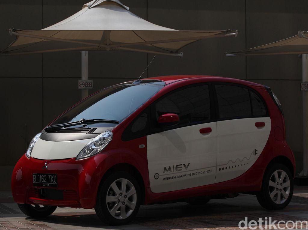 MitsubishiKirim 10 Mobil Listrik ke Pemerintah RI Akhir Februari