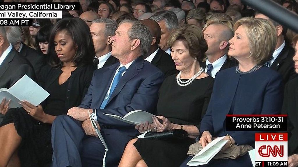 Nancy Reagan Dimakamkan, Obama Tak Hadir