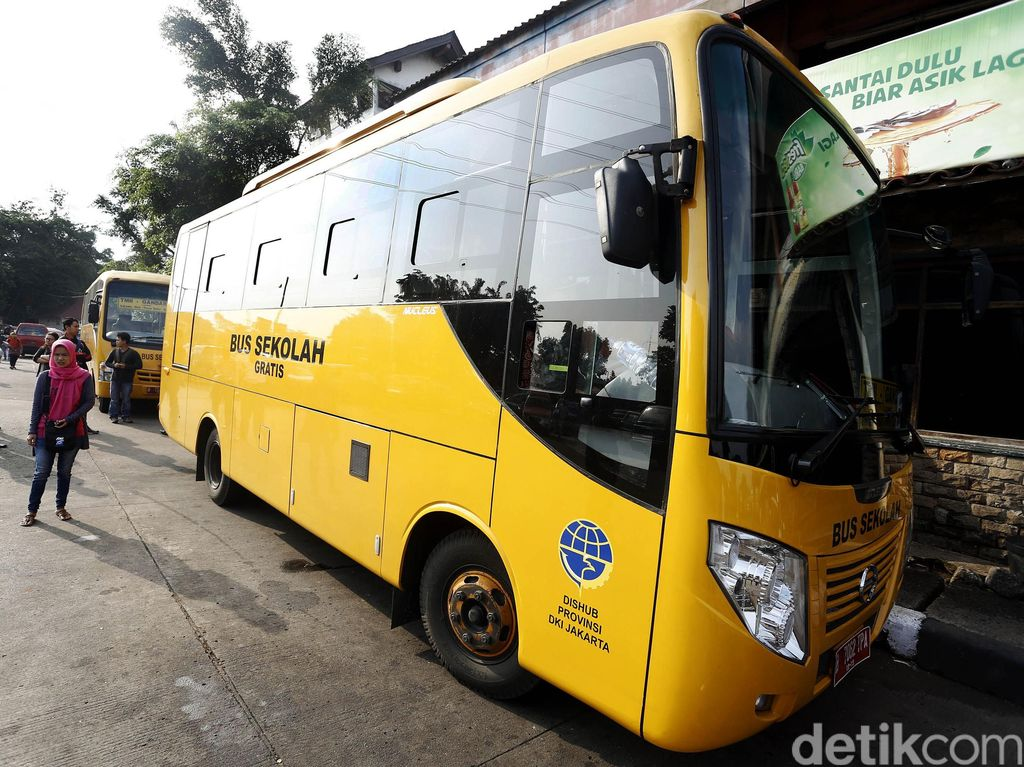 Video: 23 Bus Sekolah Gratis di Bandung Minim Peminat, Kenapa Ya?