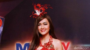 Julia Perez Menikah Dulu Lalu Foto Prewedding dan Lamaran