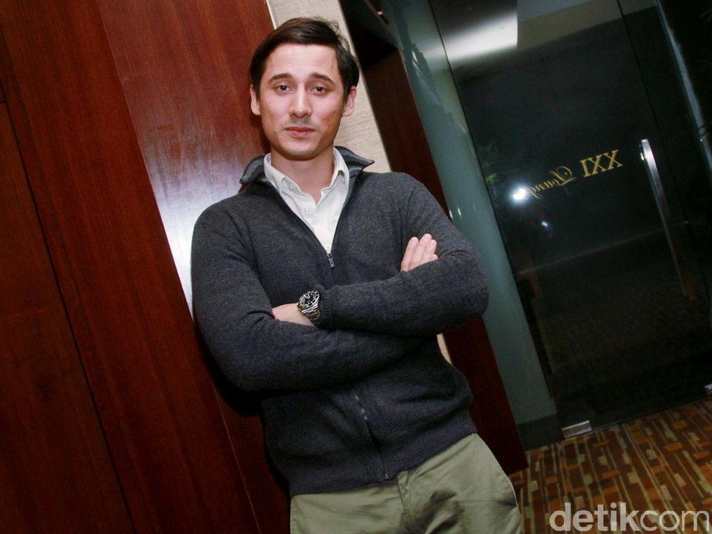 Nino Fernandez Ketakutan Bintangi Film Satu Suro