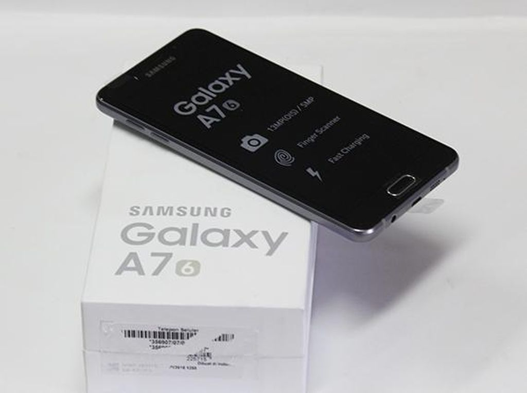 Unboxing Galaxy A7 Generasi Terbaru