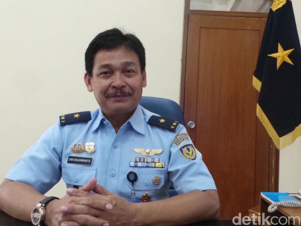 Ada Insiden Penerjun Tewas, Atraksi Terjun Payung di HUT TNI AU Tetap Digelar