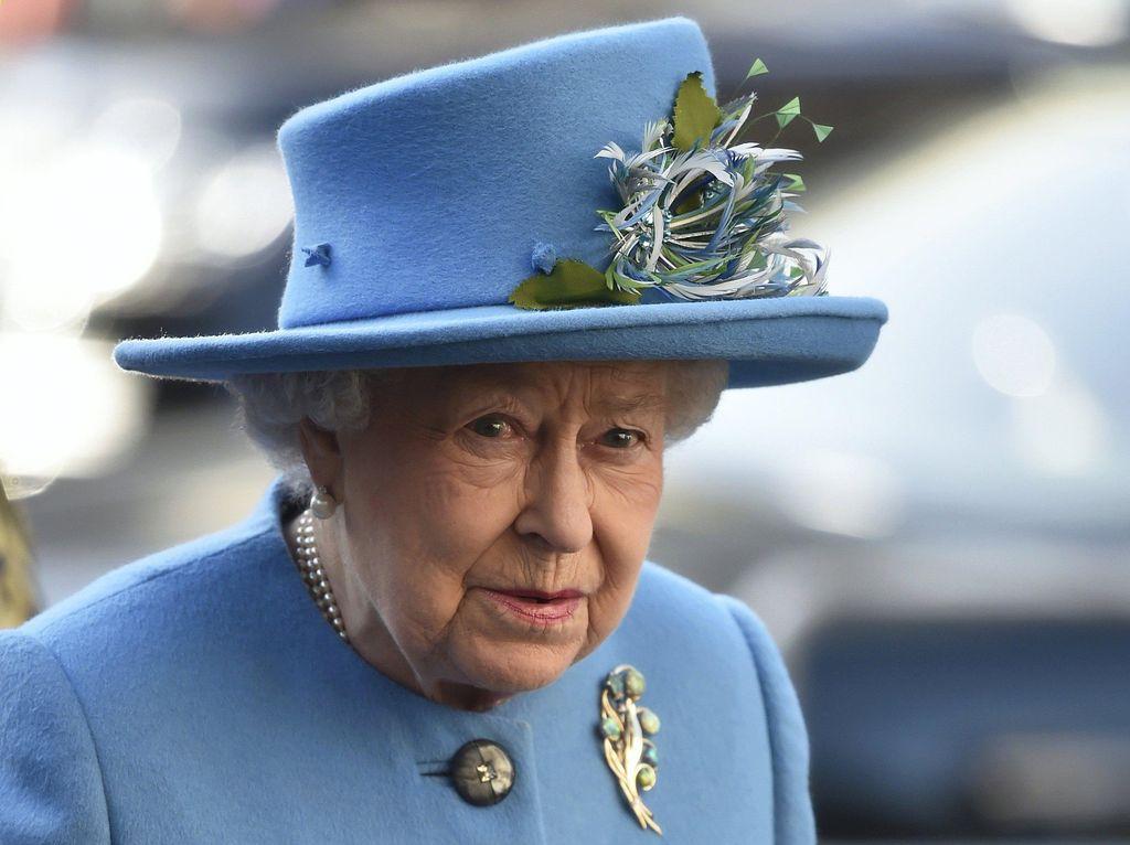 Pangeran Harry dan Meghan Markle Mundur, Ratu Elizabeth II Kecewa Berat