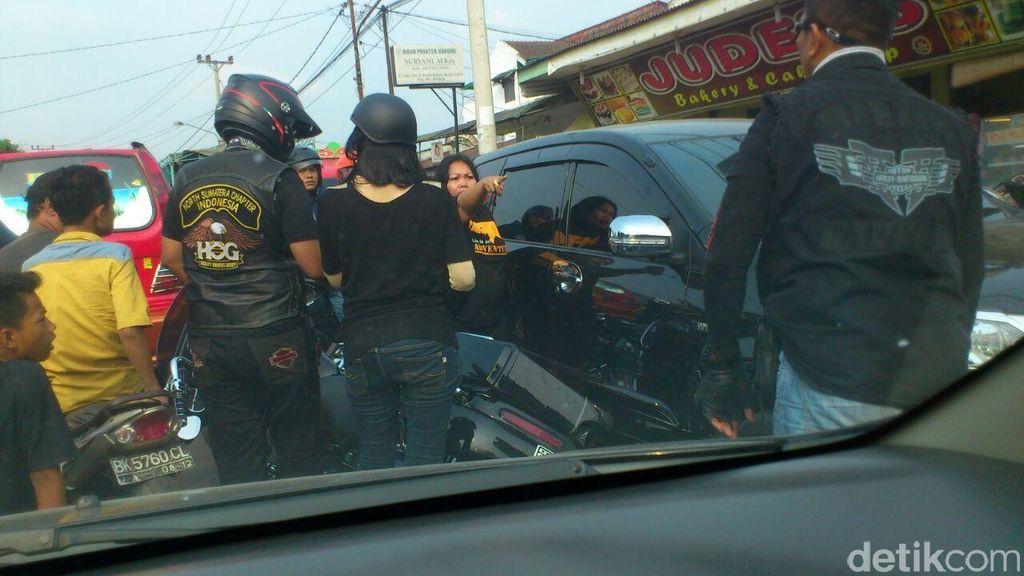 Pengguna Moge Anarkis Tertangkap Kamera di Medan
