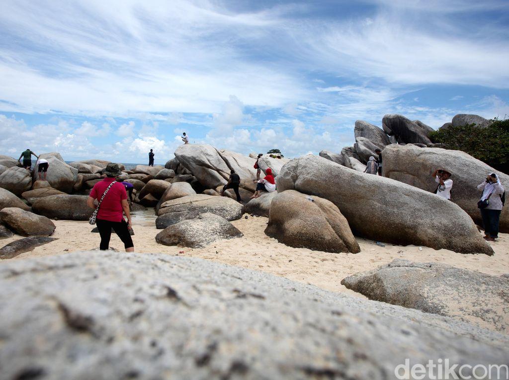 Soal Sampah di Pantai Belitung, Wisatawan Diminta Sadar Diri