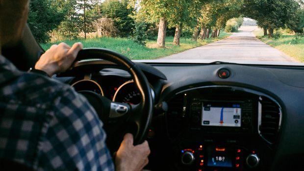 Ilustrasi mengemudi mobil
