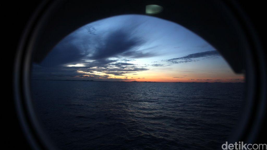 Sunrise di Langit Belitung