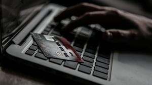 e-Commerce UKM Lirik Bisnis Busana Muslim USD 230 Miliar