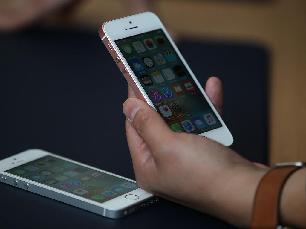 iPhone SE, Kecil-kecil Cabe Rawit yang Bangkit Lagi