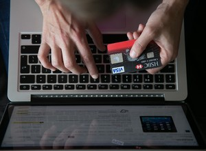 4 Tipe Orang yang Hobi Belanja Online