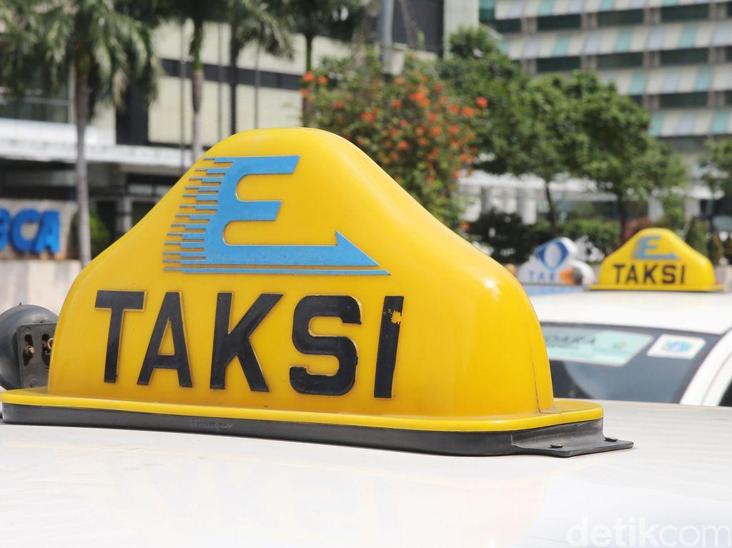 Cerita Bos Express: Dulu Orang Antre Naik Taksi, Sekarang Online