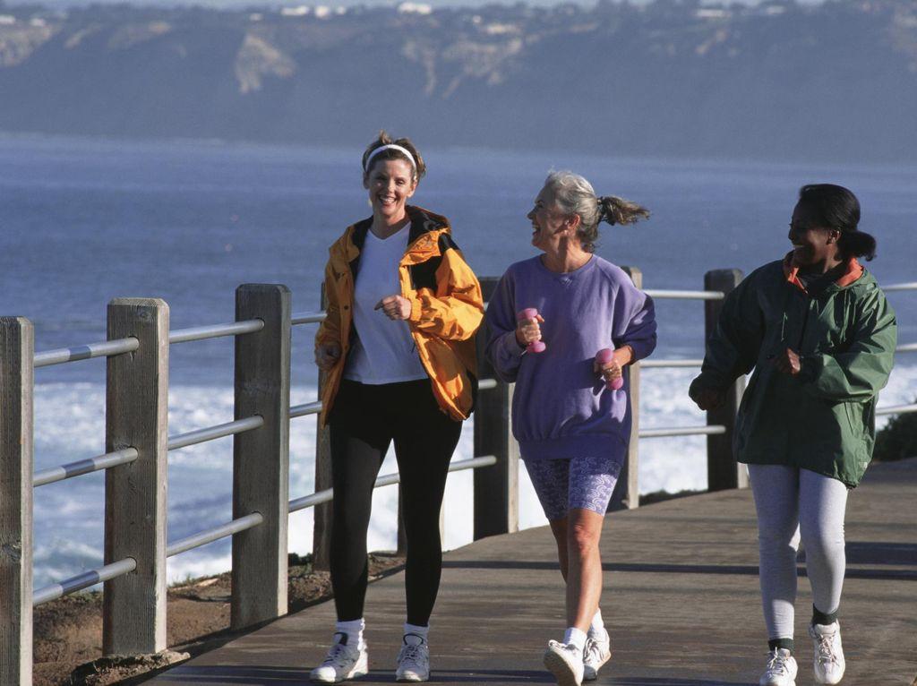 Hindari Alzheimer dengan Olahraga 150 Menit per Pekan