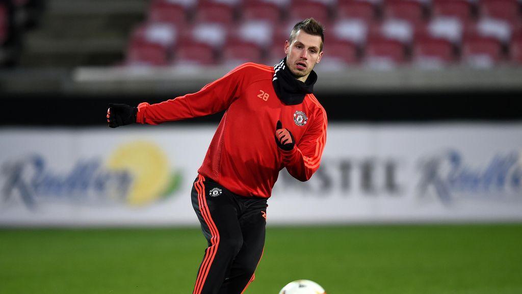 Schneiderlin Sudah Dekat dengan Kepindahan ke Everton