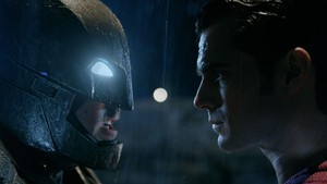 Batman v Superman Bergeser dari Puncak Box Office