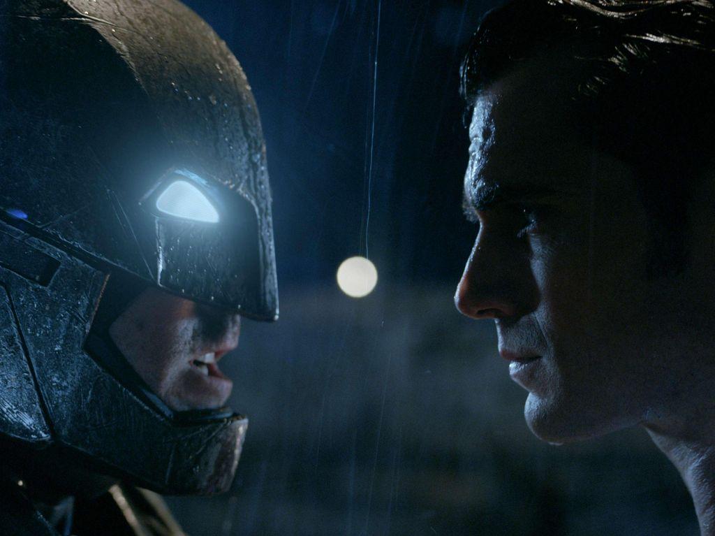 George Clooney Sempat Sarankan Ben Affleck Tak Terima Peran Batman