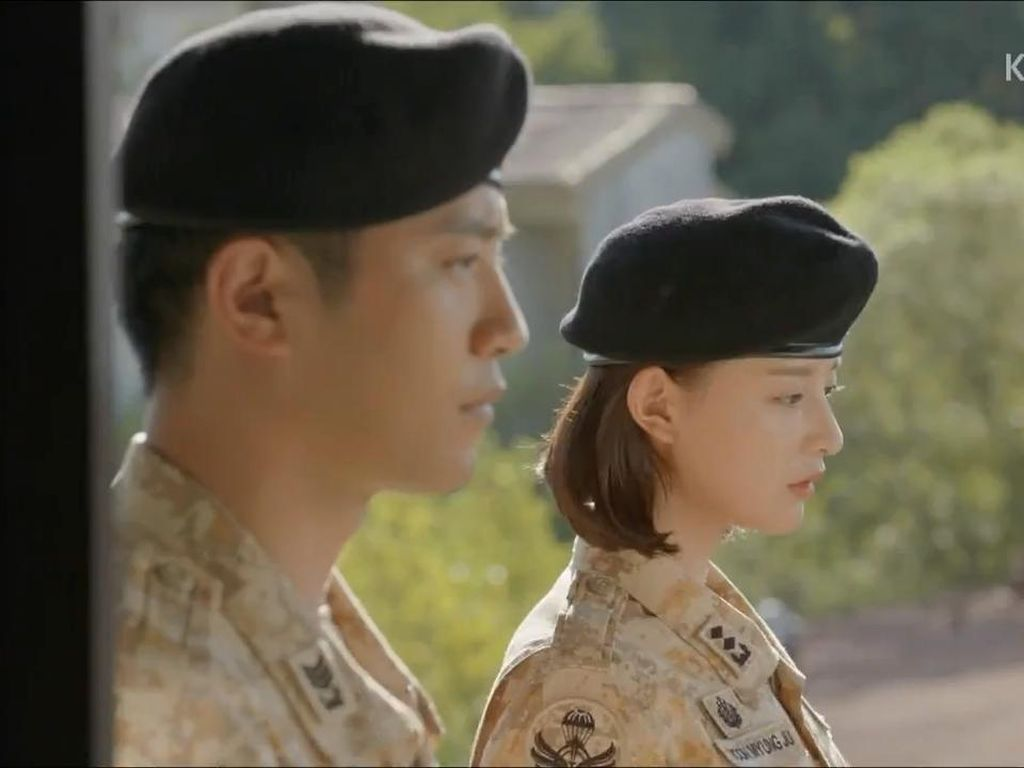 Ini Kata Jin Goo dan Kim Ji Won Soal Ending Descendants of the Sun