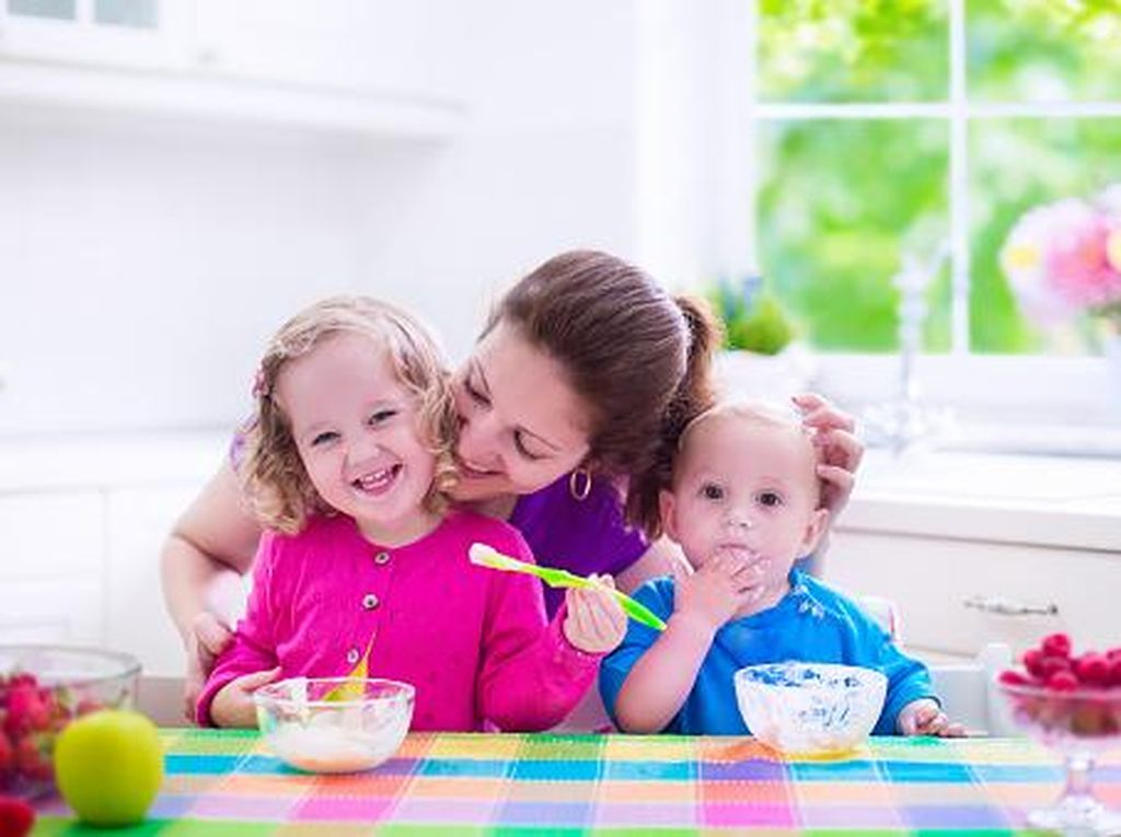 Ikuti 4 Tips Kreatif untuk Sajikan Makan Buat Anak Picky Eater