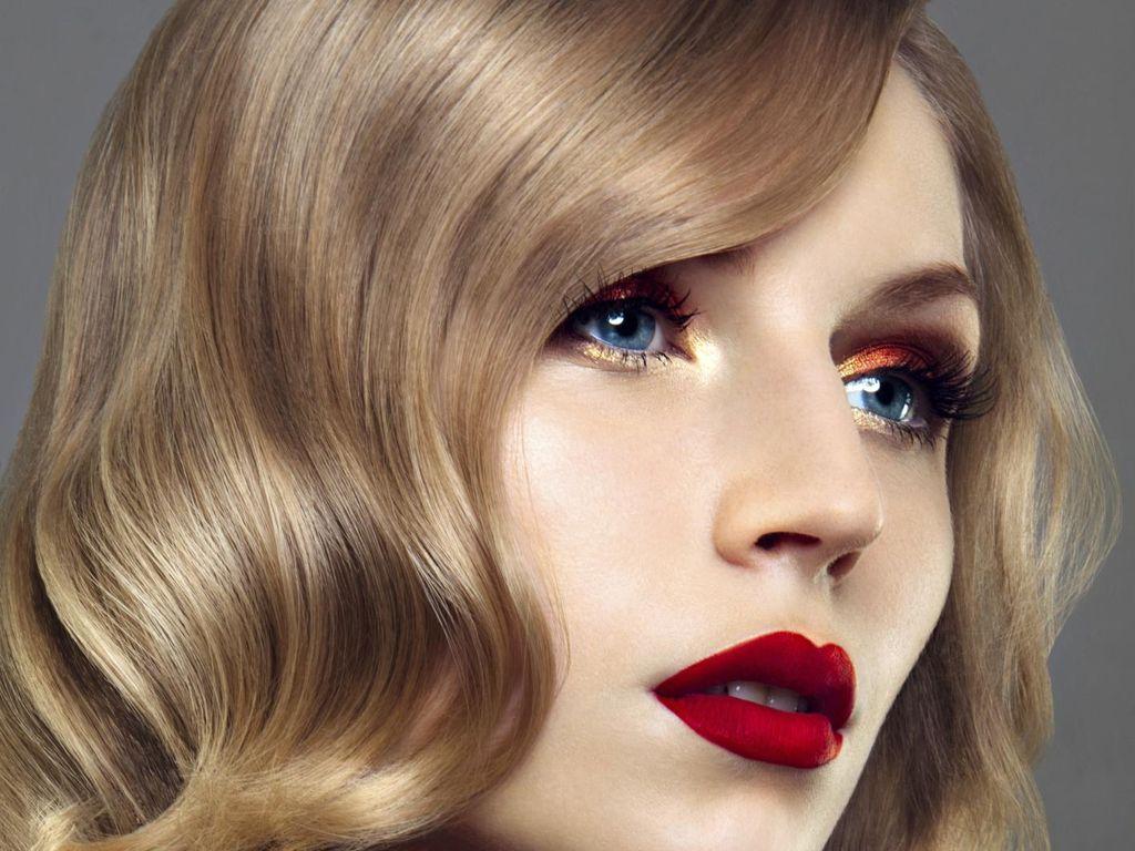 Tren Kecantikan Terkini: Bibir Keriting Dengan Filller, Aneh atau Unik?
