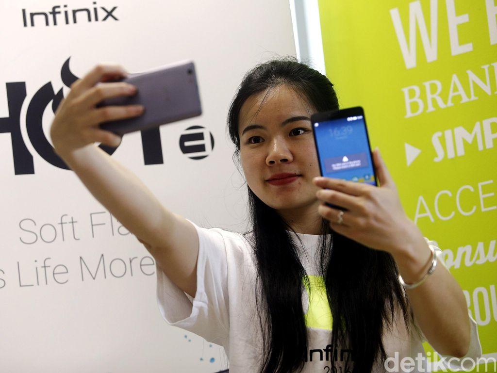 CEO Infinix Rayu Google Terkait Anak Kedua Android One