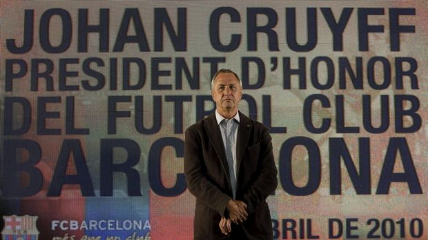 Former Barcelona coach and player Johan Cruyff is appointed Barcelona's Honorary President at Nou Camp stadium in Barcelona, Spain in this April 8, 2010 file photo. Cruyff, the legendary Dutch soccer striker and coach, has died of lung cancer aged 68 on March 24, 2016, according to a message posted on his website. REUTERS/Albert Gea/Files