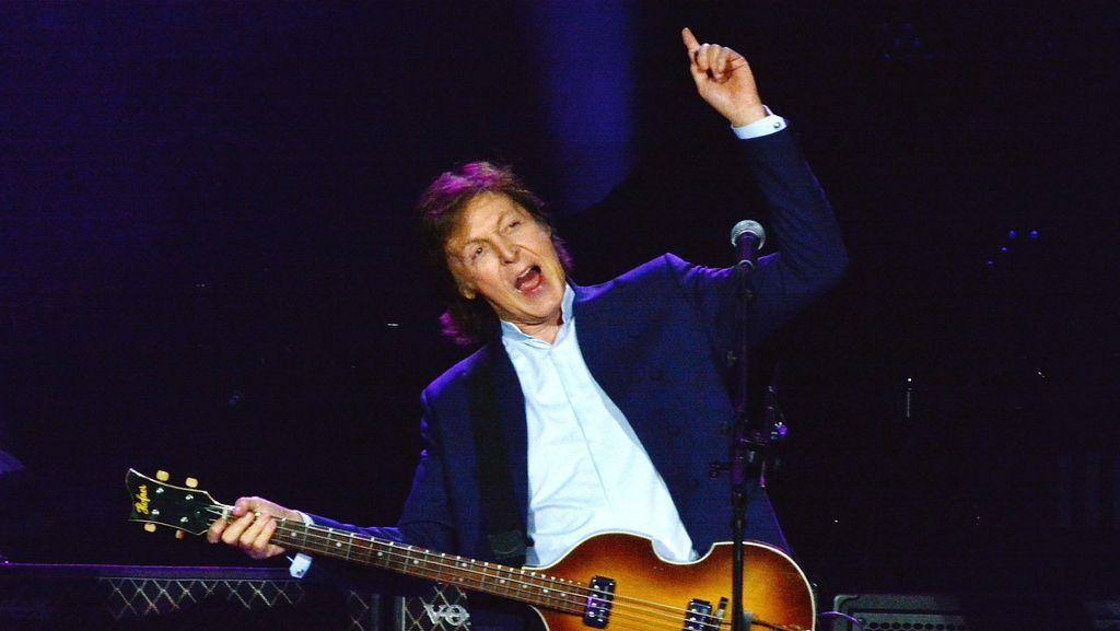 Paul McCartney Gugat Label Atas Lagu The Beatles