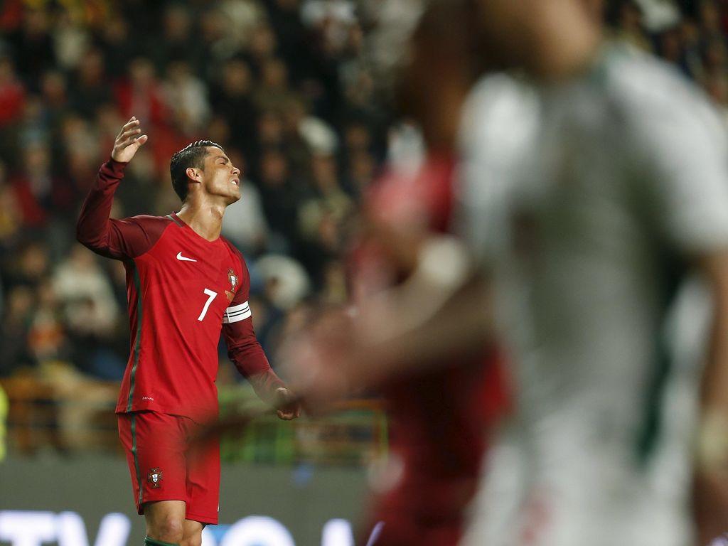 Ronaldo Gagal Penalti, Portugal Dikalahkan Bulgaria di Kandang Sendiri
