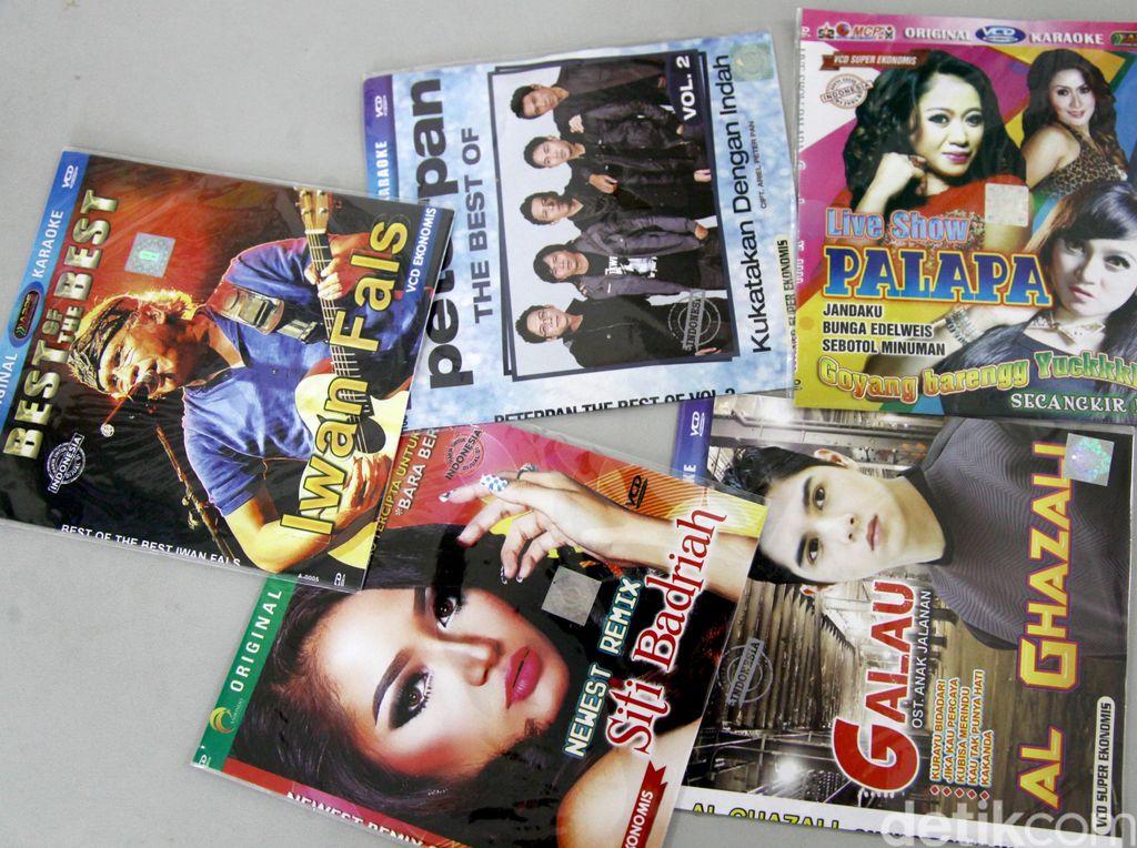 Pedagang Sebut ASIRI Ganti Semua CD Bajakan dengan VCD Superekonomis