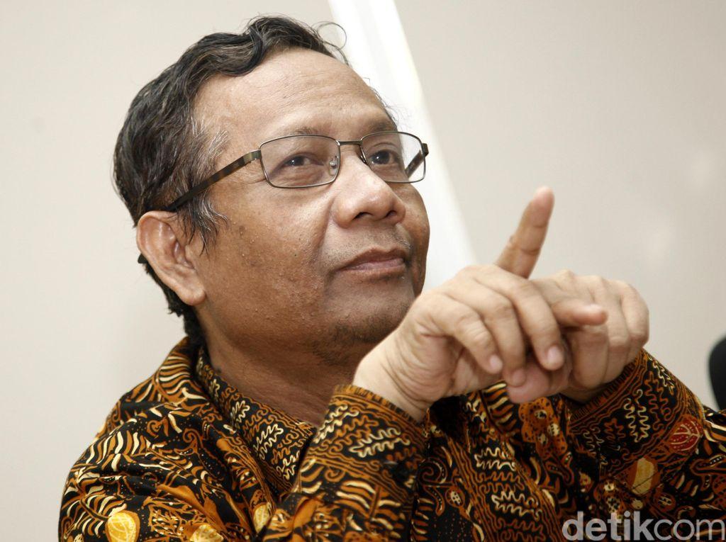 Jokowi Belum Tanda Tangani UU MD3, Mahfud MD: Itu Hak Presiden