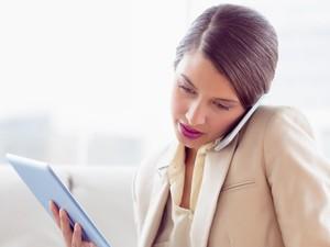 6 Cara Menghadapi Rasa Stres Saat Dilanda Kesibukan Kerja