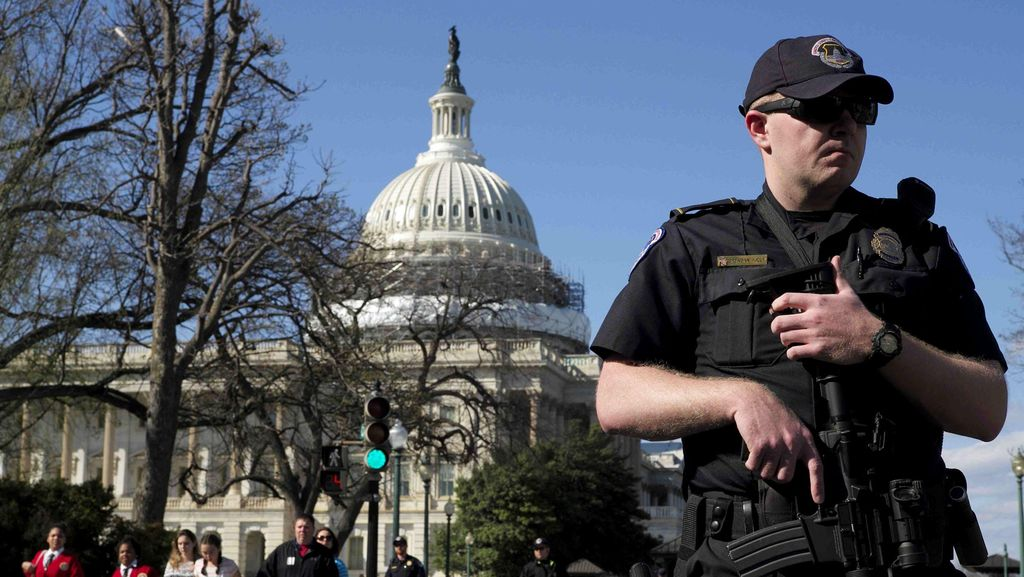 Pasca Penembakan, Gedung Capitol Dijaga Ketat