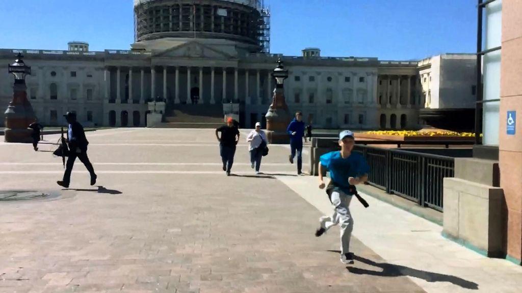 Suasana Tegang Insiden Penembakan di Gedung Capitol