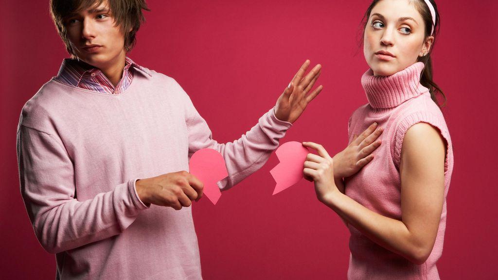 Hubungan Asmara Diganggu Mantan Kekasih? Ini yang Harus Dilakukan