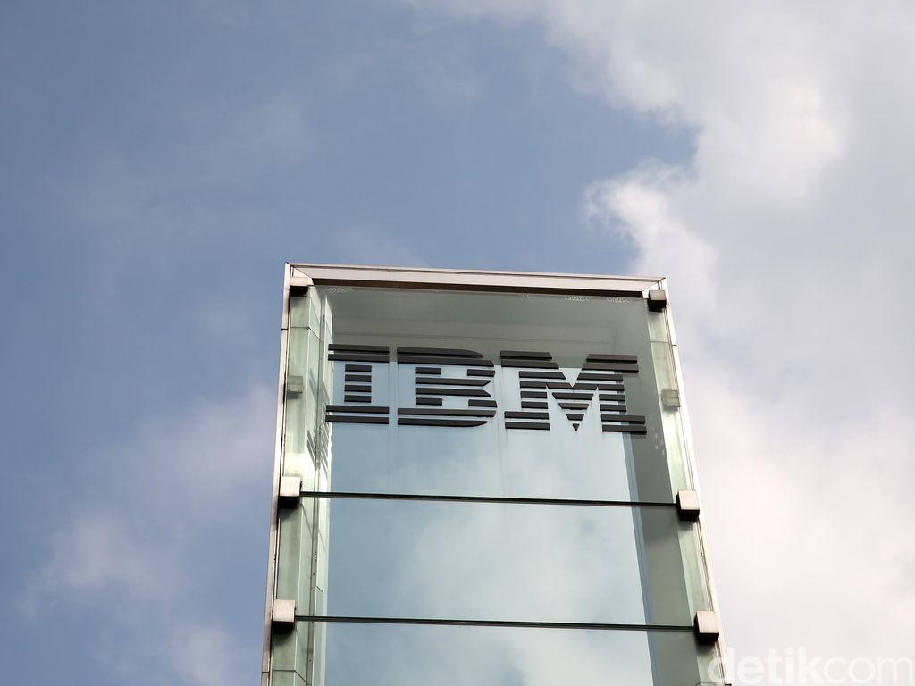 CEO IBM Mengundurkan Diri, Penggantinya Pria India