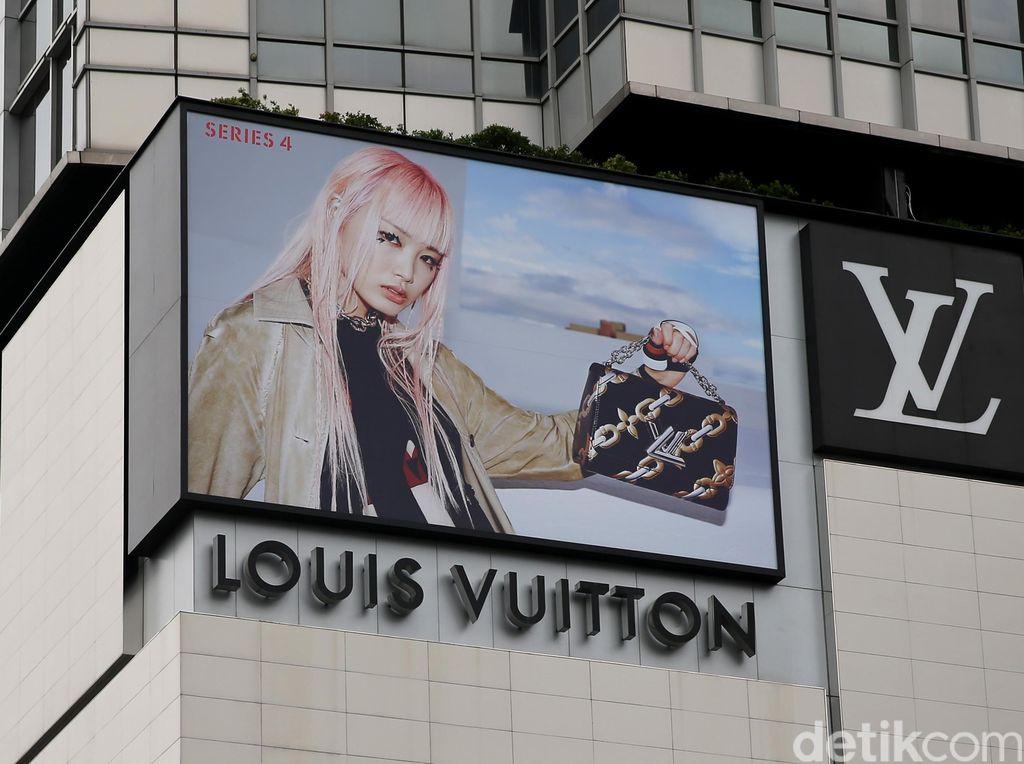 Perusahaan Fashion Louis Vuitton Alih Fungsi, Produksi Hand Sanitizer