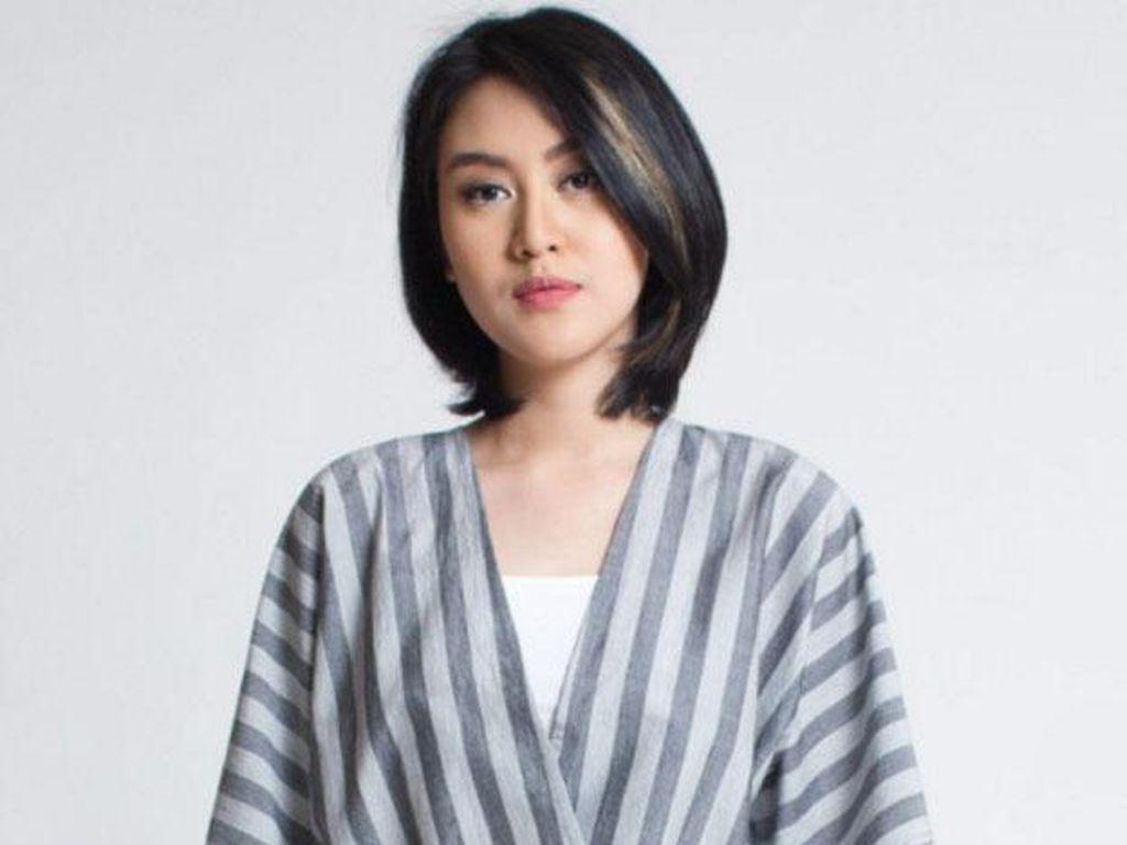 Editors Choice: 5 Brand Lokal dengan Koleksi Batik Lurik Modern