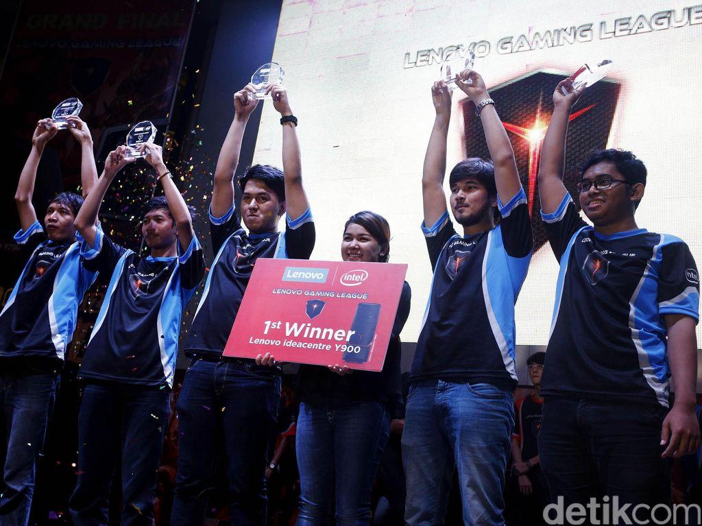 Kanaya e-Sports Juara Lenovo Gaming League