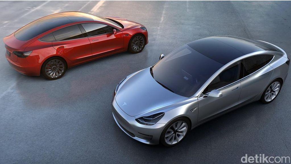 Fitur Tesla Ini Bisa Deteksi Kecelakaan