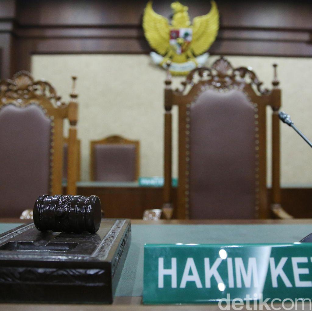 Telat Hadiri Sidang Kasus Suap, 2 Anggota DPR Ini Ditegur Hakim