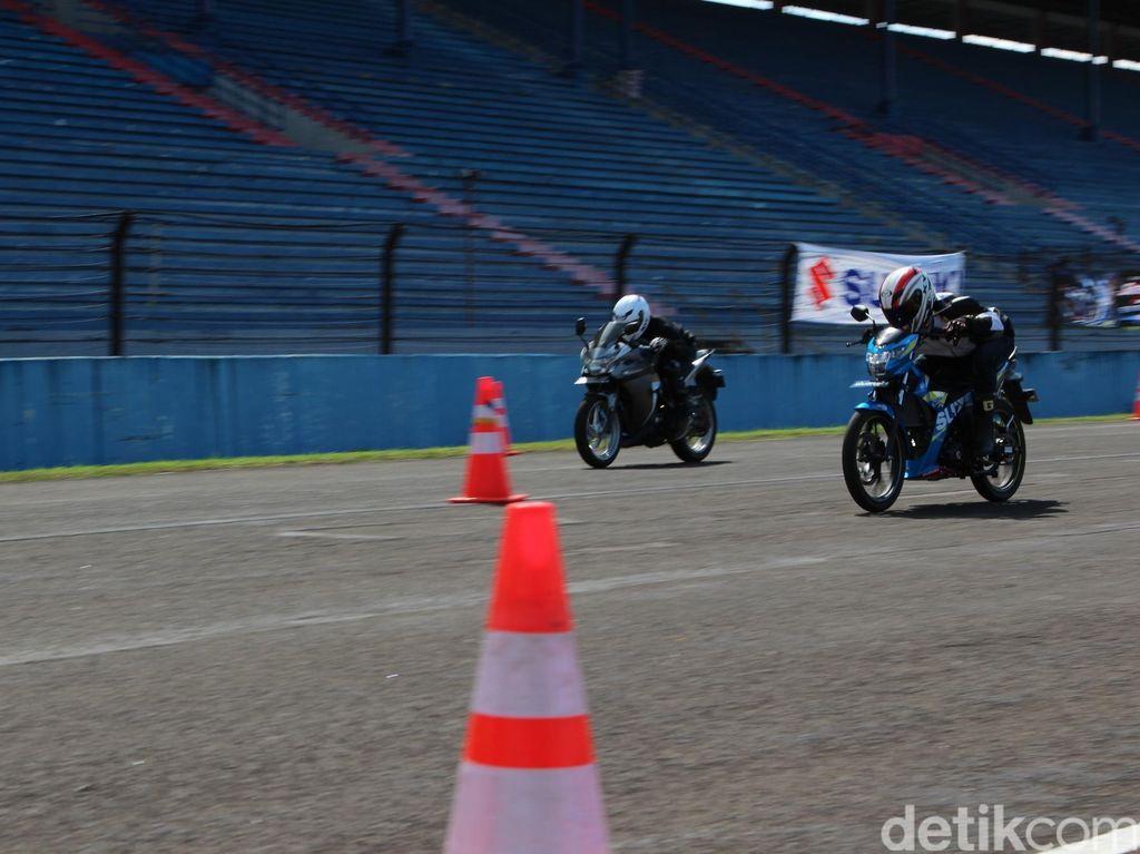 Suzuki Satria F150 Diadu dengan Motor 150cc, 250cc dan 1.000cc
