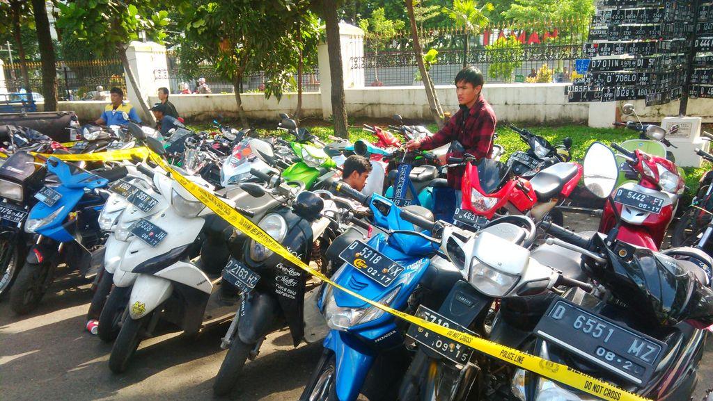 Usai Nobar Persib vs Arema, 174 Motor Bobotoh Terjaring Razia di Bandung